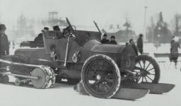 Прикрепленное изображение: Mercedes_26_45_Kegresse_1912_8_echt_1.jpg