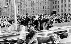 Прикрепленное изображение: ZIL_111_D_Moskva_1963_Fidel.jpg