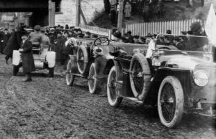 Прикрепленное изображение: Hispano_Suiza_Alfonso_1912_SPb_Novoe_Vremja_1.jpg