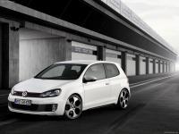 Прикрепленное изображение: Volkswagen_Golf_GTI_Concept_2008_1600x1200_wallpaper_03.jpg