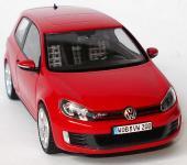 Прикрепленное изображение: 1zu43_VW_Golf_VI_GTI_3tuerig_tornadorot_VW_Schuco_5K3099300Y3D_18612_07.JPG
