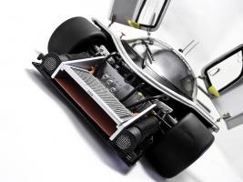 Прикрепленное изображение: Sauber_Mercedes_Benz_C9.jpg
