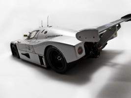 Прикрепленное изображение: Sauber_Mercedes_Benz_C9_6.jpg