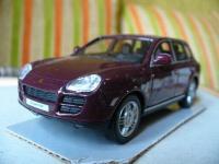 Прикрепленное изображение: Porsche_Cayenne_Turbo_4.JPG