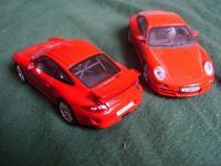 Прикрепленное изображение: Porsche_911___GT3_vs_Carrera_S_3.jpg