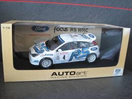 Прикрепленное изображение: 2003_Ford_Focus_RS_WRC_Martin.jpg