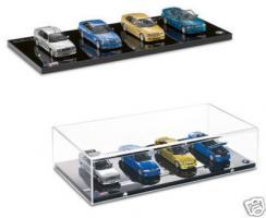 Прикрепленное изображение: MINICHAMPS_BMW_E30_E36_E46_M3_Set.jpg