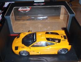 Прикрепленное изображение: 1996_UT_McLaren_F1__GTR_Orange_Model_Car.jpg