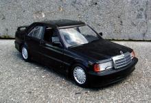 Прикрепленное изображение: Mercedes_190E_2.3_16.jpg
