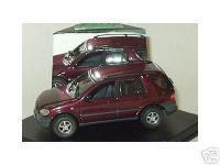 Прикрепленное изображение: Mercedes_Benz_ML_1998.jpg