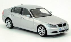 Прикрепленное изображение: BMW_3er_E90_silber_2005.jpg