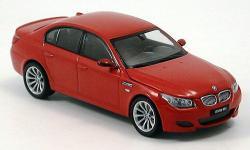 Прикрепленное изображение: BMW_M5__E60_.jpg