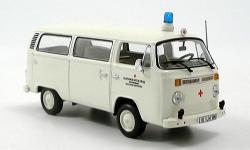 Прикрепленное изображение: VW_T2__Krankenwagen_DRK__Bus_1972.jpg