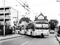 Прикрепленное изображение: Mercedes_Benz_O_305.jpg