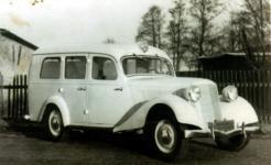 Прикрепленное изображение: 1950__Krankenwagen_Mercedes.jpg