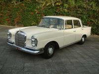 Прикрепленное изображение: Mercedes_Benz_220_S_1962_W111.jpg