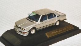 Прикрепленное изображение: BMW_M535i_E_12.jpg
