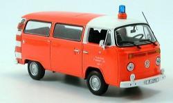 Прикрепленное изображение: VW_T2_Bus__Feuerwehr_Frankfurt_1976_Minichamps.jpg