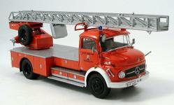 Прикрепленное изображение: Mercedes_L_322__Leiterwagen__Feuerwehr.jpg