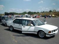 Прикрепленное изображение: BMW_E23_Langversion.jpg