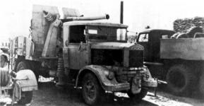 Прикрепленное изображение: Lancia_3_RO_with_90_mm_gun.jpg
