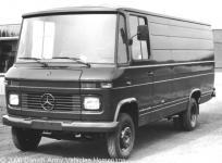 Прикрепленное изображение: Mercedes_608.jpg