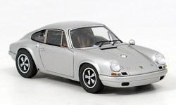 Прикрепленное изображение: Porsche_911_R_1965.jpg