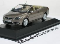 Прикрепленное изображение: Ford_Focus_Coupe_Cabriolet_2007.jpg