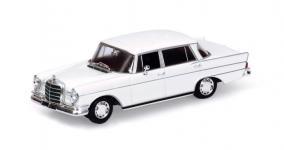 Прикрепленное изображение: Mercedes_Benz.__300_SE.jpg