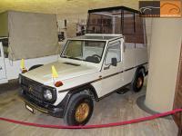 Прикрепленное изображение: Mercedes_Benz_G_230___1983.jpg