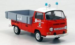 Прикрепленное изображение: VW_T2a_Bus__Berufsfeuerwehr.jpg