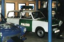 Прикрепленное изображение: Trabant_Kombi_als_Polizeitrabant.jpg
