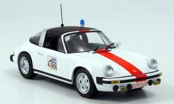 Прикрепленное изображение: Porsche_911_Targa_Polizei_Belgien_1977.jpg