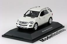 Прикрепленное изображение: Mercedes_ML_Class_2008.jpg