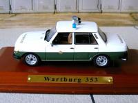 Прикрепленное изображение: Wartburg_353_Volkspolizei.jpg