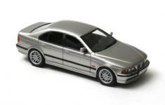 Прикрепленное изображение: BMW_520__E39__Silver_2002.jpg