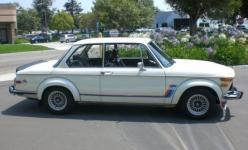 Прикрепленное изображение: 1974_BMW_2002_Turbo_Side_1.jpg