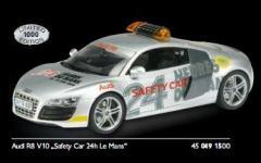 Прикрепленное изображение: Audi_R8_V10_Safety_Car_LeMans.jpg