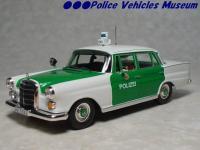 Прикрепленное изображение: Mercedes_200D_Polizei_Cars___Co.jpg