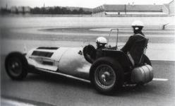 Прикрепленное изображение: 1937_Mercedes_W125.jpg