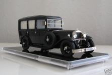 Прикрепленное изображение: 1932_Mercedes_Benz_TYP_460_Nurburg_Hearse_BUS.JPG
