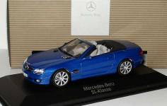 Прикрепленное изображение: Mercedes_Benz_SL_500_Facelift_R230_jaspisblaumet_MB_Minichamps_B66962250_14529_01.jpg