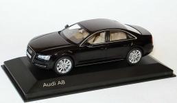 Прикрепленное изображение: Audi_A8_Typ_D4_2010_phantomschwarzmet_Audi_Kyosho_5011008133_19696_02.jpg