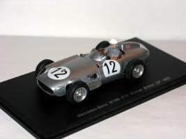 Прикрепленное изображение: Mercedes_Benz_W196_Winner_British_GP_1955_006.JPG