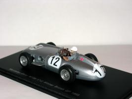 Прикрепленное изображение: Mercedes_Benz_W196_Winner_British_GP_1955_009.JPG