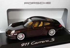 Прикрепленное изображение: Porsche_911_Carrera_S__997__Modell_2009__macadamiamet..jpg