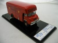 Прикрепленное изображение: Camion_Thames_Trader__Scuderia_Maranello_1996_by_ABC_Modello.jpg