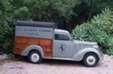 Прикрепленное изображение: Fiat1100Fourgon_20ScuderiaFerrari_20_b_1.jpg