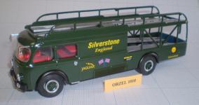 Прикрепленное изображение: OLD_CARS_FERRARI_TRANSPORTER_50_YEARS_SILVER_STONE__1_.jpg