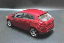 Прикрепленное изображение: 2007_FIAT_Bravo_5_door_hatchback_2.jpg